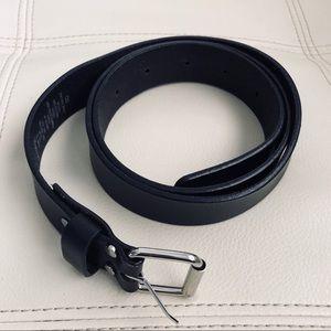 NWOT H&M black belt
